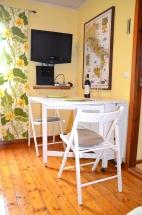 Klaffbord med 4 stolar